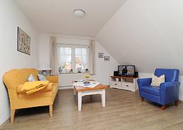 Wohnzimmer der Insel-Suite - Hotel Friesenhuus in Greetsiel